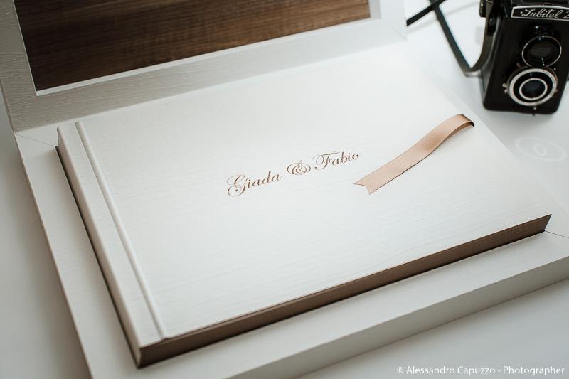 youngbook-pasta-di-legno-graphistudio-002