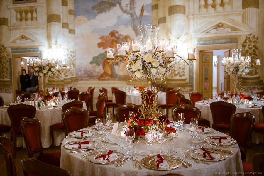 Allestimento tavoli per matrimonio Elegante