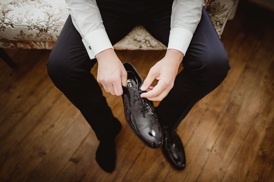 scarpe sposo lucide