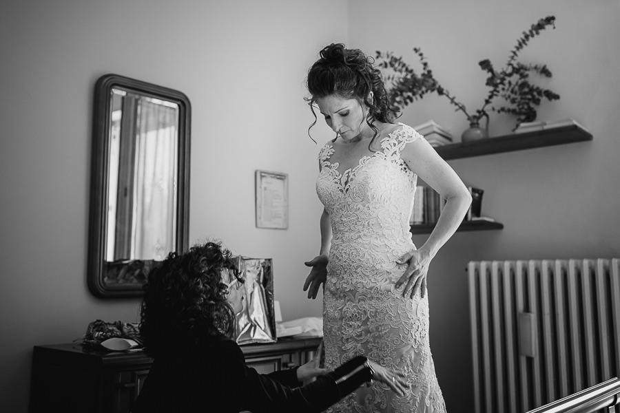 Vestizione sposa - matrimonio lago di Como