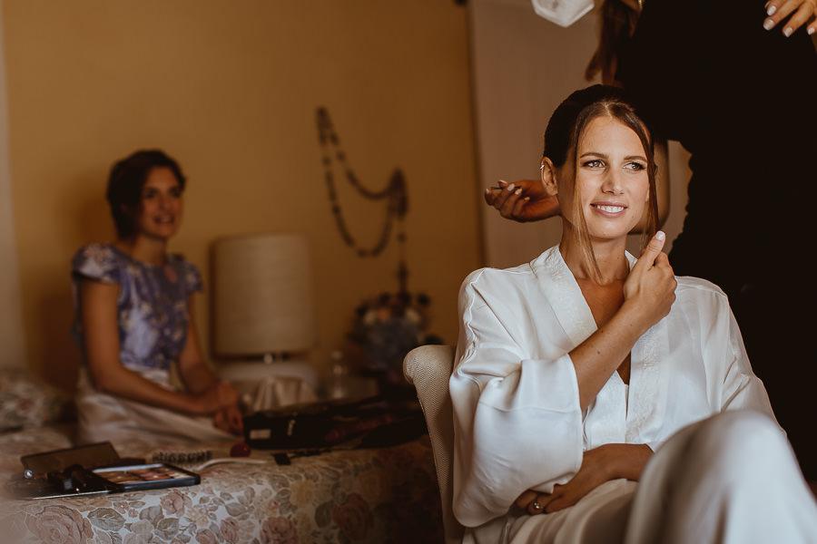 Wedding in Val d'Orcia - bride makeup